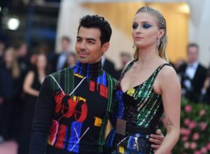 Sophie Turner and Joe Jonas  met gala cinematown.it