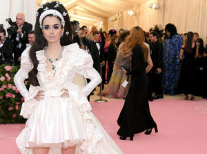 lily collins met gala cinematown.it