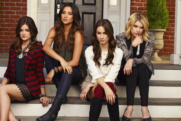 Pretty Little Liars: la reunion del cast per la raccolta fondi